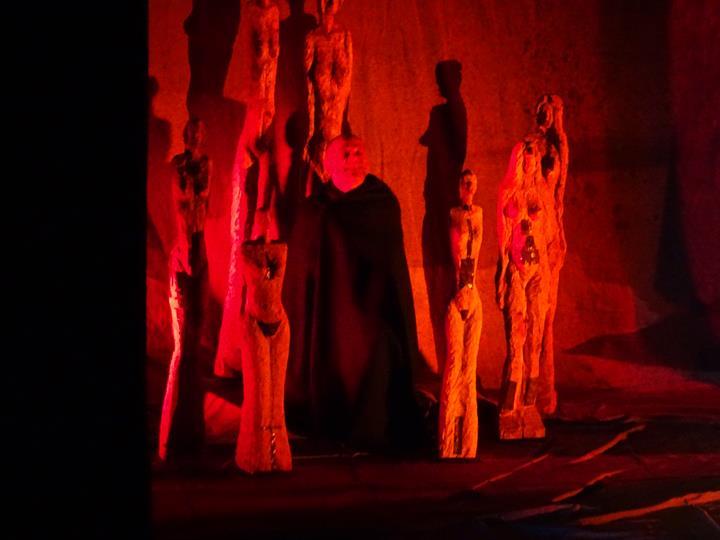 Antigone se re-présente aux élèves de 3è